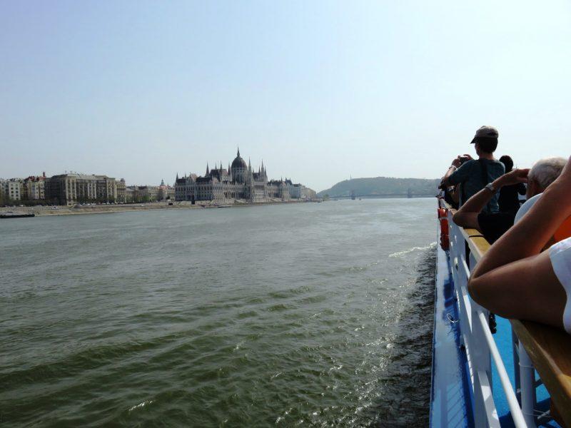 img_0126-budapest-einfahrt-parlament