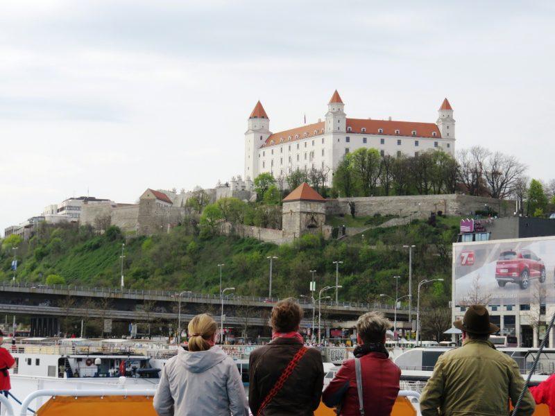 img_0298-bratislava-burg-vom-wasser